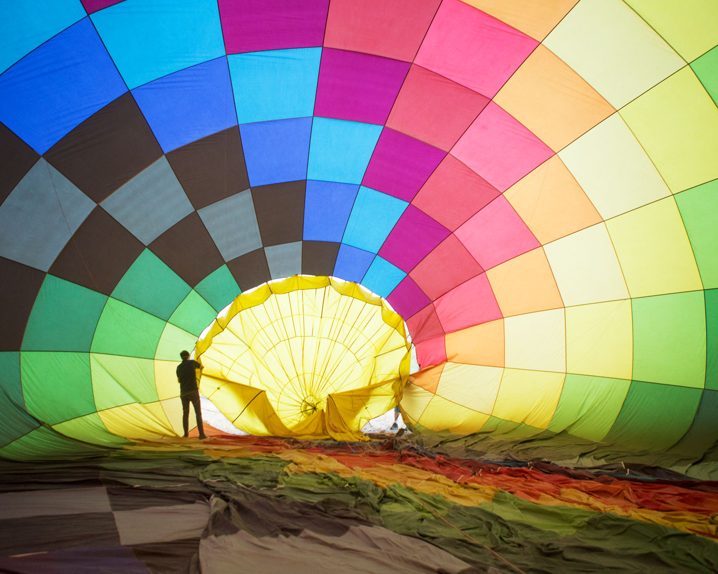 01_Americana_Kris_Davidson_National_Geographic_Hot_Air_Balloon
