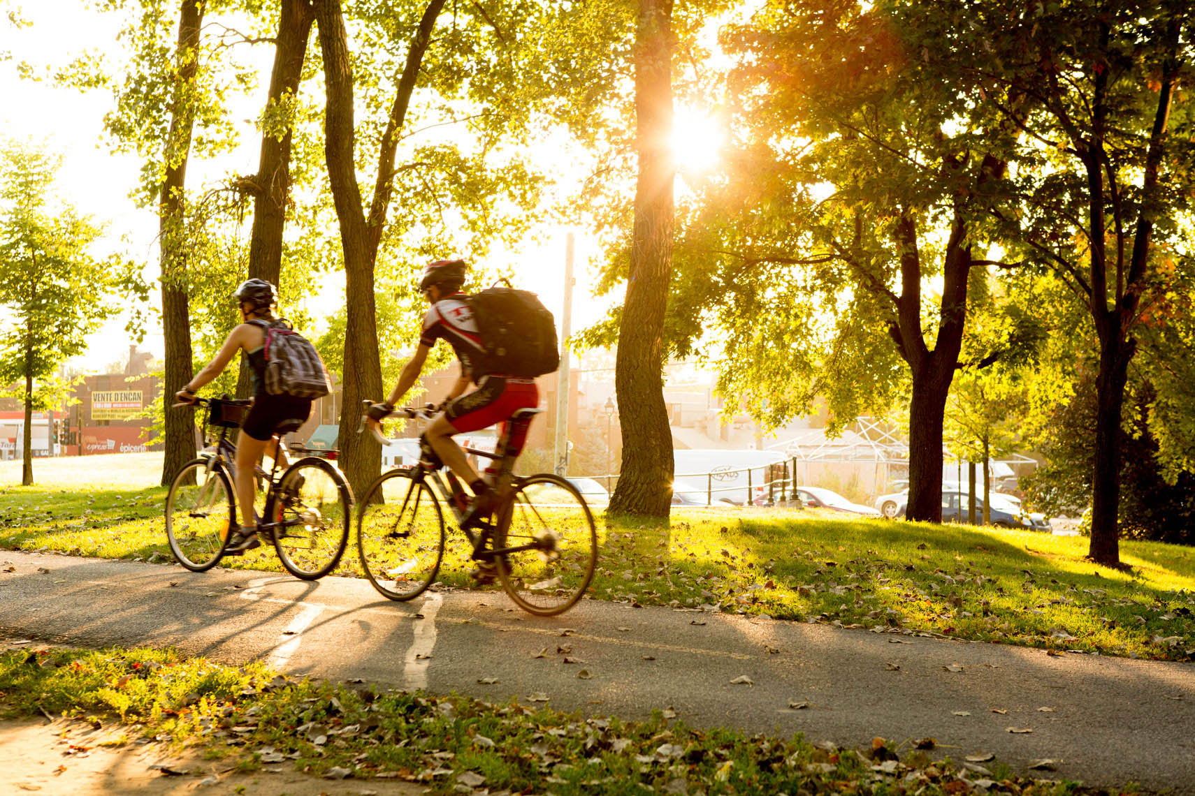 14_Montreal_Kris_Davidson_National_Geographic_Lachine_Canal_Cyclist