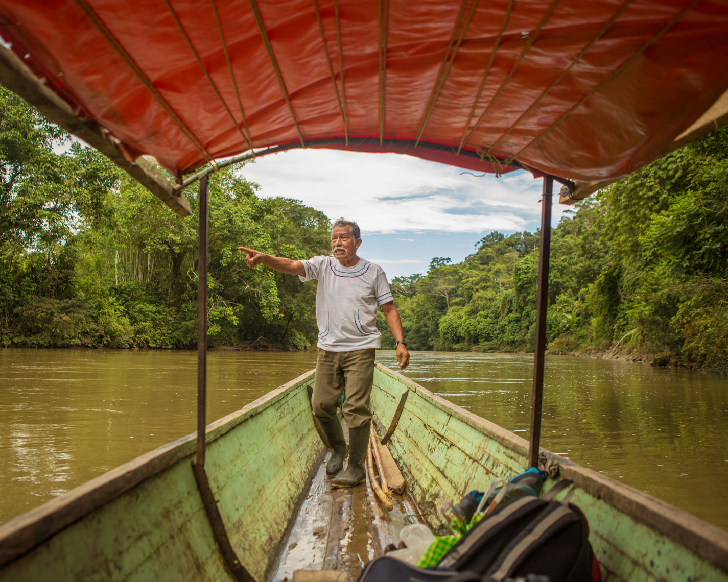 15_Kris_Davidson_National_Geographic_Napo_Canoe_Ecuador_Amazon