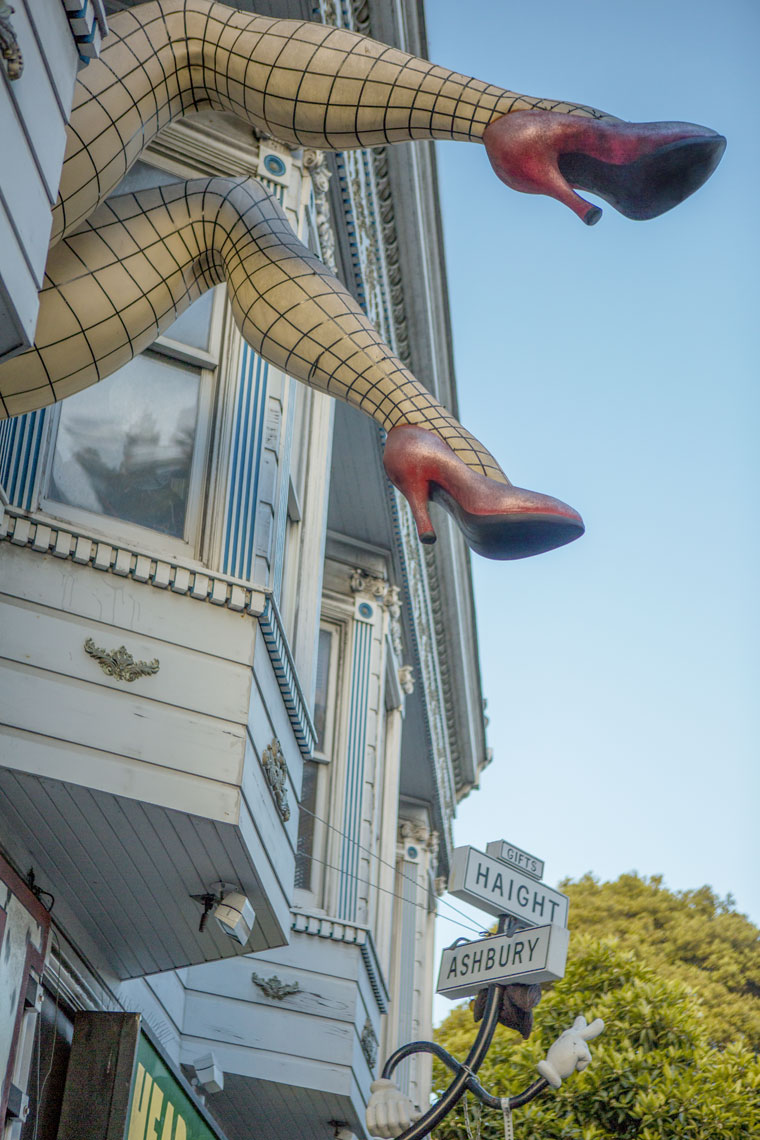 16_Life_Kris_Davidson_National_Geographic_San_Francisco_Haight_Ashbury