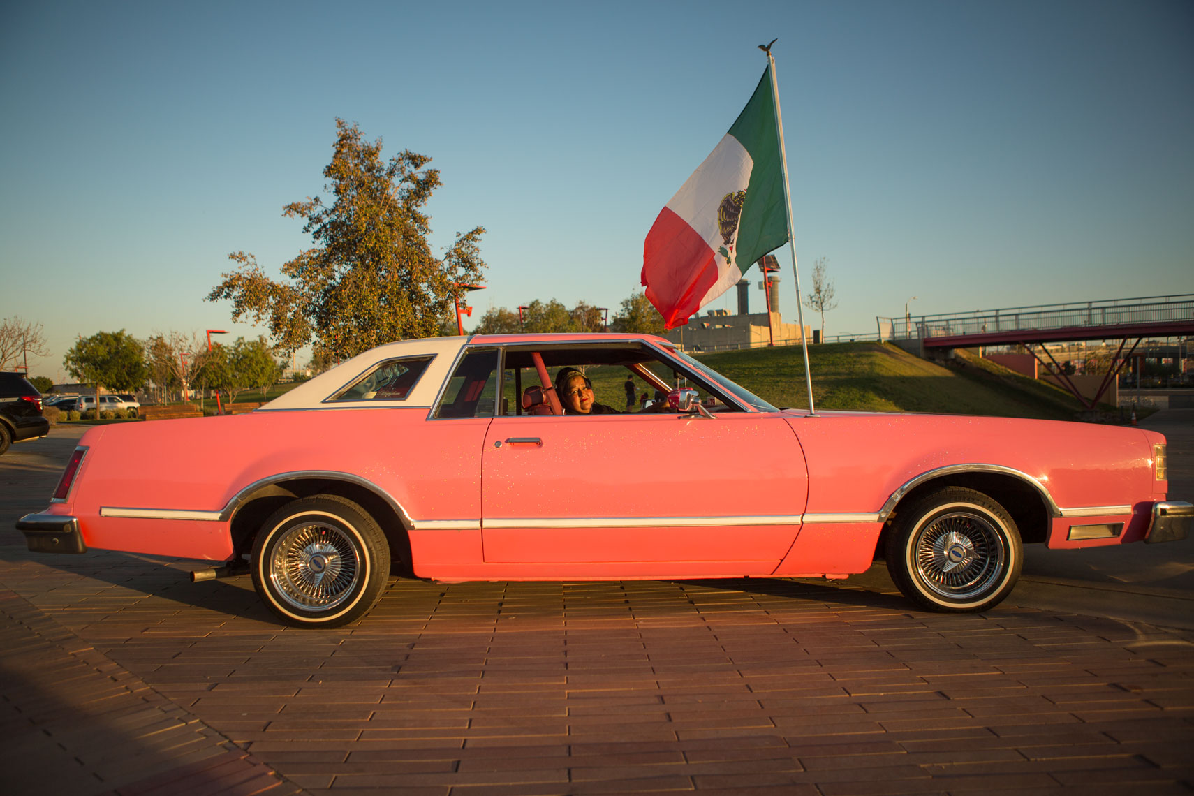 25_Americana_Kris_Davidson_National_Geographic_Low_Rider_Los_Angeles